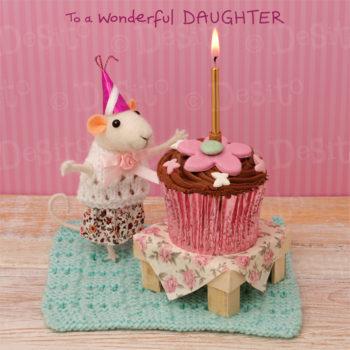 W41 daughter cupcake